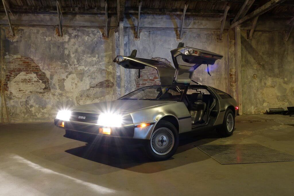 DeLorean mit offenen Tueren