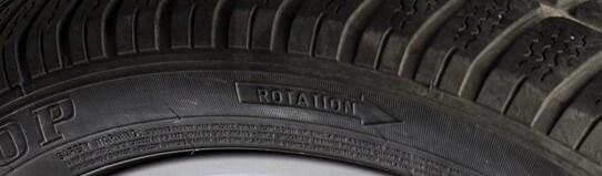 Reifen mit Laufrichtungsbindung