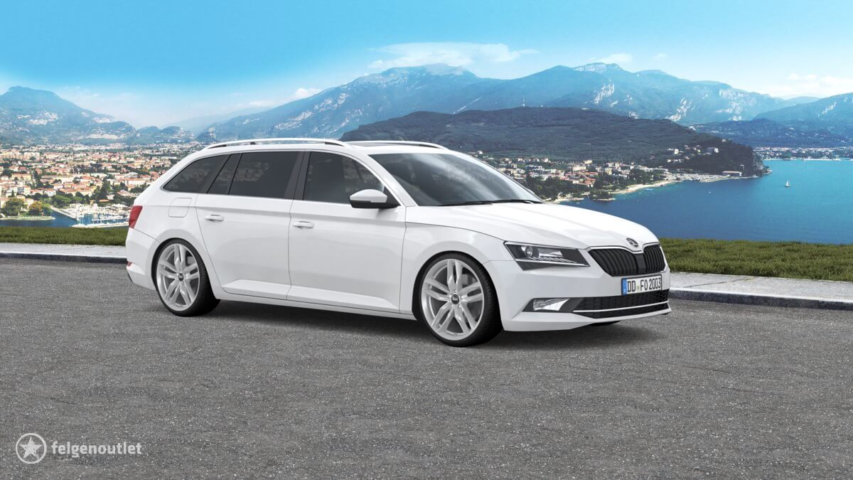 MAM RS3 silver painted Skoda Superb Combi